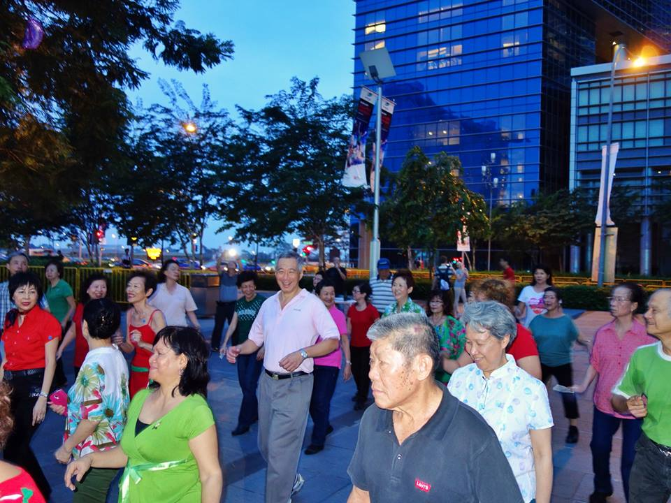 Line dancing with Mr. Lee Hsien Loong @ Marina Bay